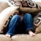 preadolescenza nascondersi divano